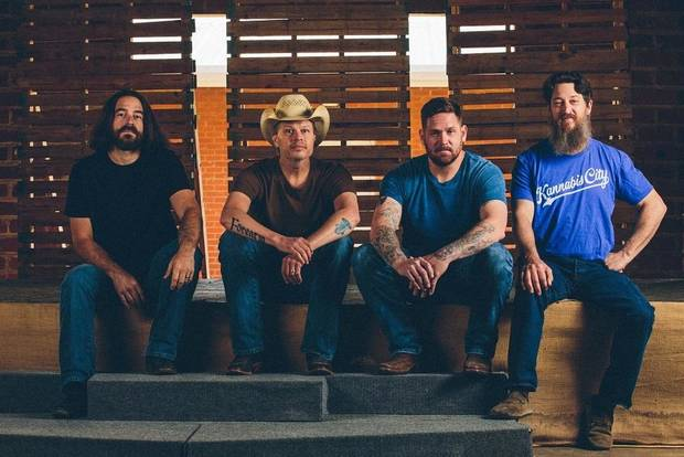 With Jason Boland and the Stragglers, country music is more alive thanever